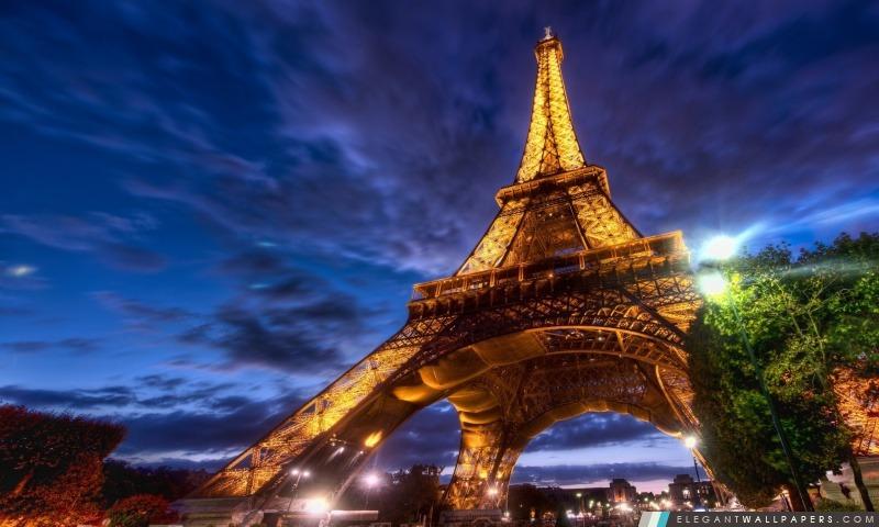 Tour Eiffel La Nuit Fond D Ecran Hd A Telecharger Elegant Wallpapers